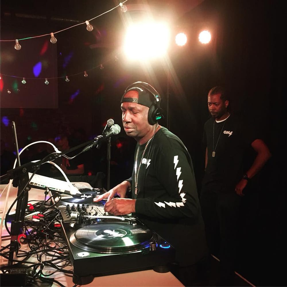 Sunset Sessions with DJ Chicken George 08/15/2018