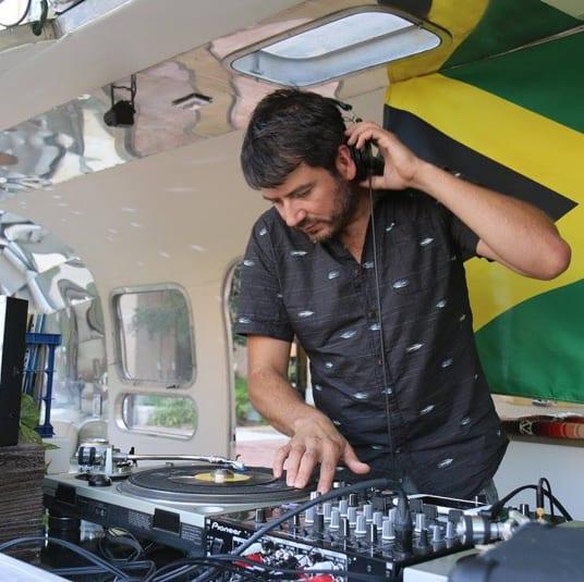 DJ-Nandez-1-Square